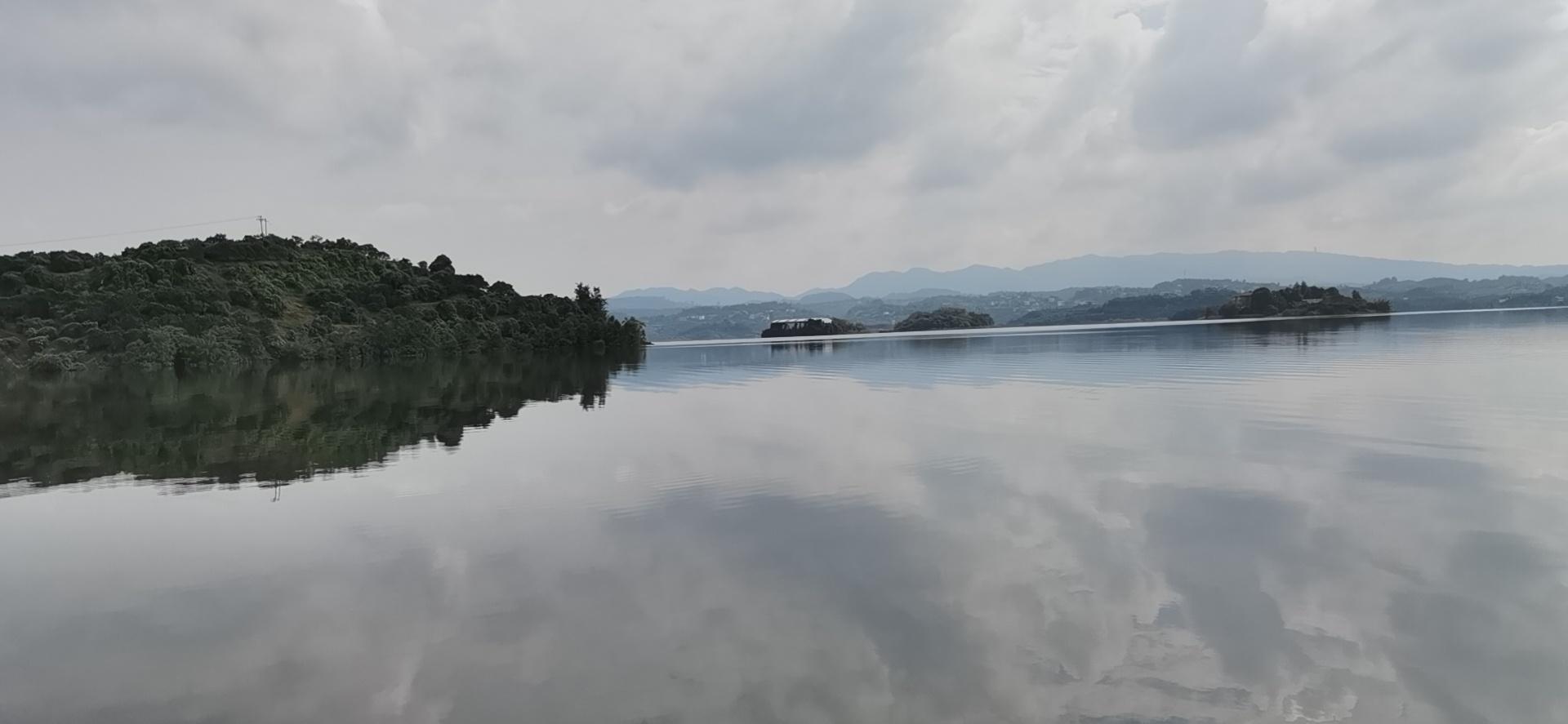 长寿湖筏钓